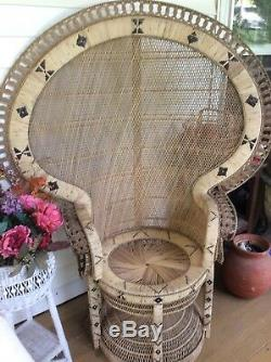 Vintage Bohemian Style Rattan Peacock Chair(Rare) Great Condition (large)