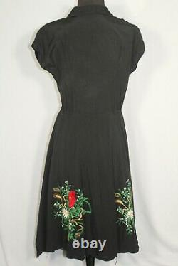 Rare Français Vintage Wwii Era 1940's Floral Embroidered Rayon Dress Taille 6-8
